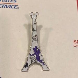 Disney Tinker Bell Sparkly Eiffel Tower Pin